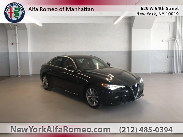 PRE-OWNED 2018 ALFA ROMEO GIULIA BASE AWD